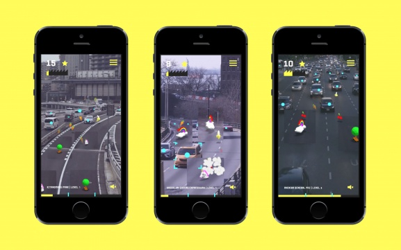 Playing Beat the Traffic X on mobile